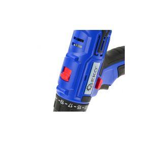 FIXED Rapid Charge autonabíječka s odnímatelným USB-C kabelem, 2,4A černá - 1